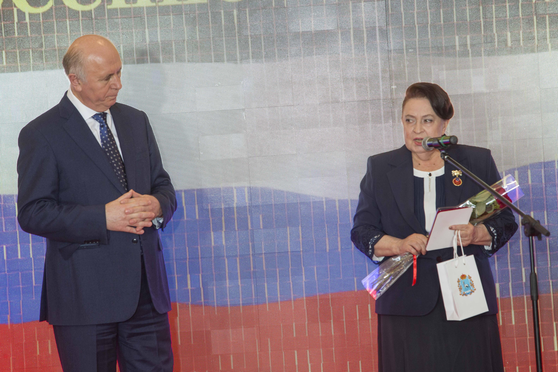 Присвоениепочетного звания   Татьене Маркушиной почетного звания «Заслуженный работник СМИ Самарской области»