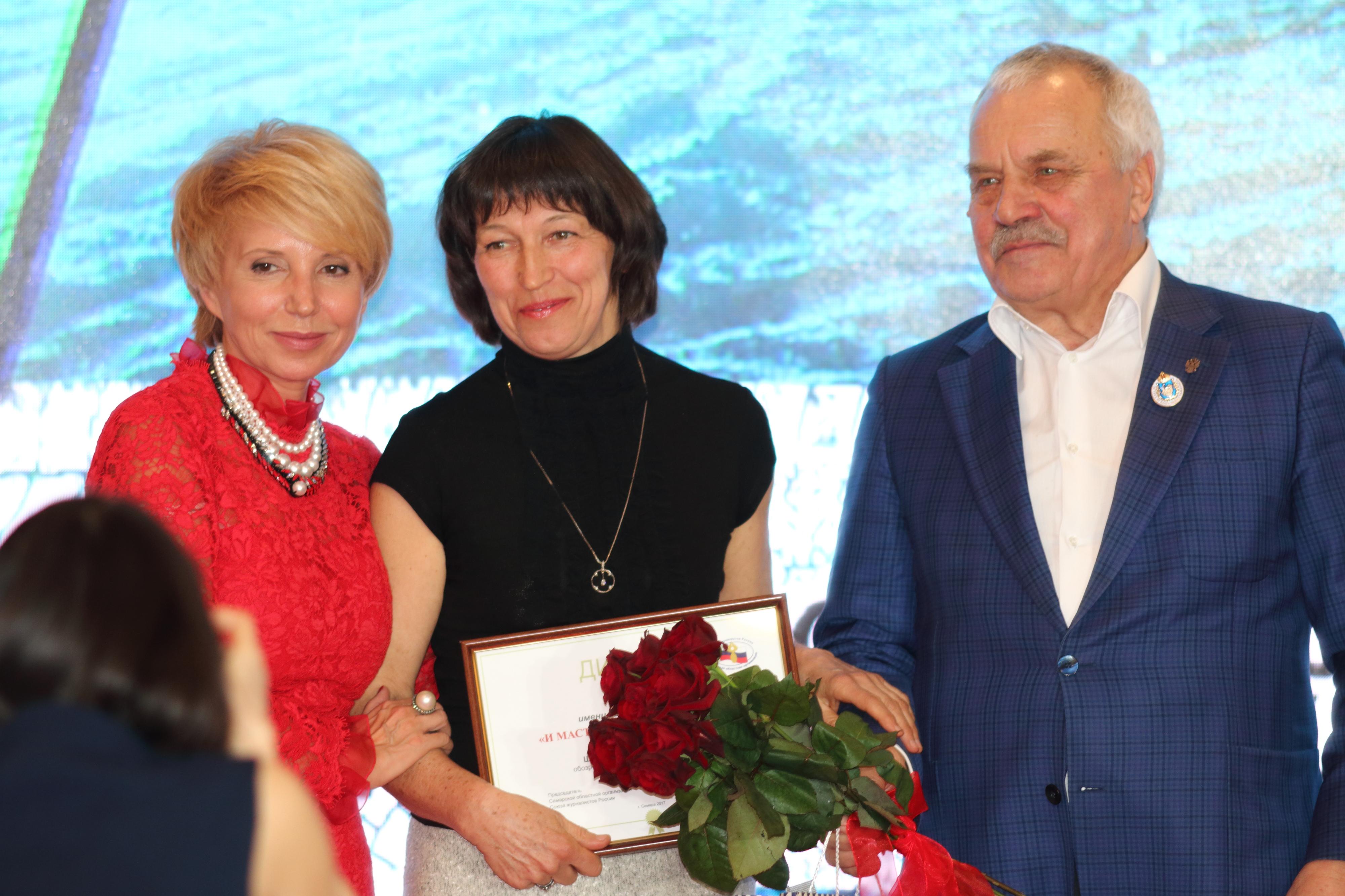Ирина Шабалина получает премию «И мастерство, и откровение» имени Геннадия Шабанова