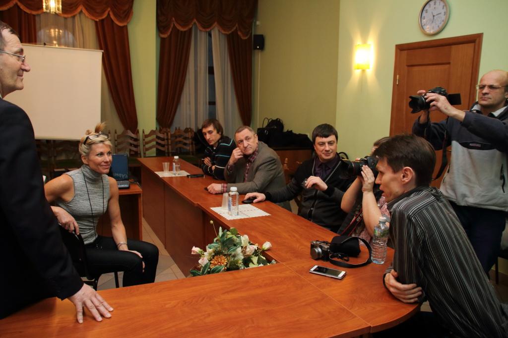 Эрин знакомится с самарскими фотографами