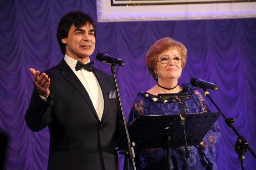 Ведущие юбилейной церемонии - Ольга Король и Вадим Горбунов